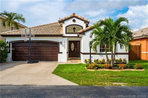 Photo of 15867 SW 85th Ln, Miami, FL 33193 (MLS # A10934648)
