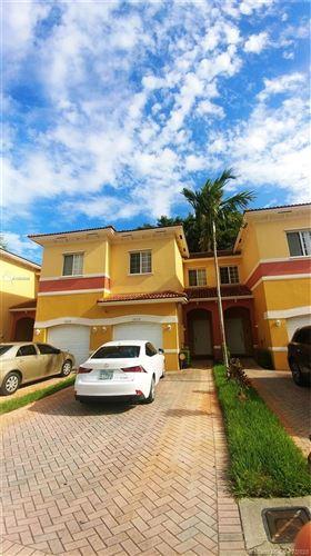 Foto de inmueble con direccion 3652 NW NW 29th Ct #3652 Lauderdale Lakes FL 33311 con MLS A10900649