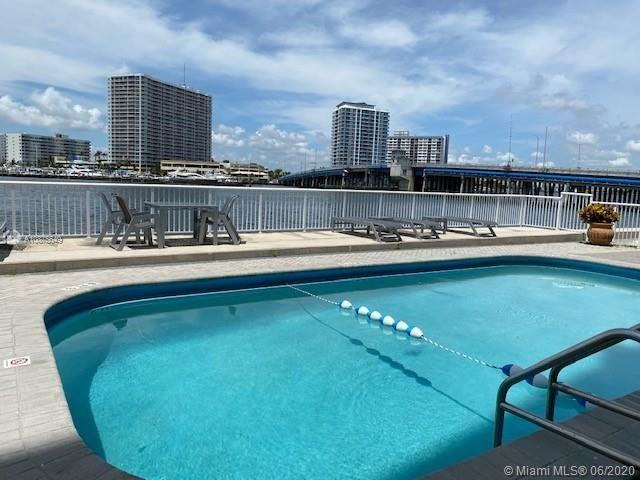 2016 BAY DRIVE #801, Miami Beach, FL 33141 - #: A10875649