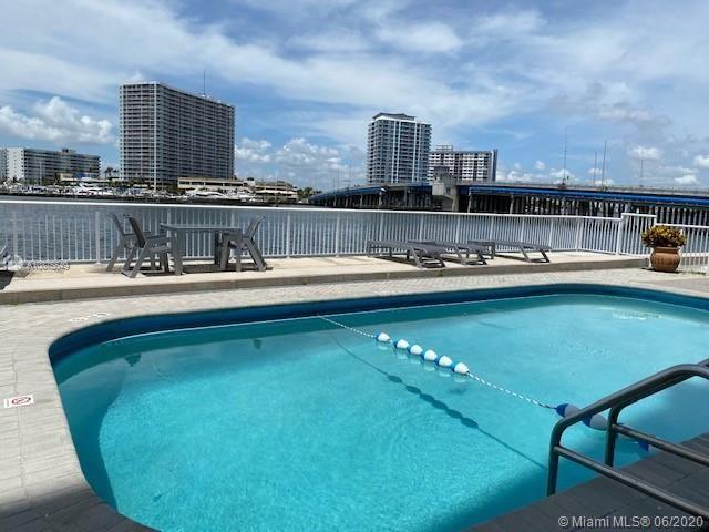 2016 BAY DRIVE #801, Miami Beach, FL 33141 - MLS#: A10875649