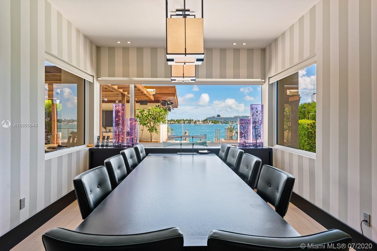 Photo 6 of Listing MLS a10605649 in 1376 S Venetian Way Miami FL 33139
