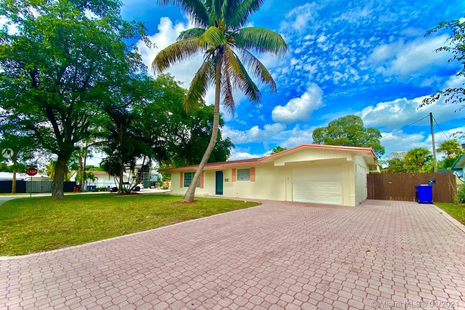 2611 SW 13th Pl, Fort Lauderdale, FL 33312 - #: A10954651