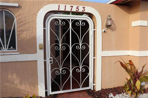 Photo of 11753 SW 197th St, Miami, FL 33177 (MLS # A10985652)