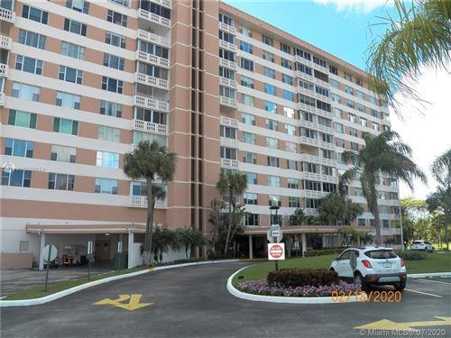 Photo of 3850 Washington St #316, Hollywood, FL 33021 (MLS # A10888654)