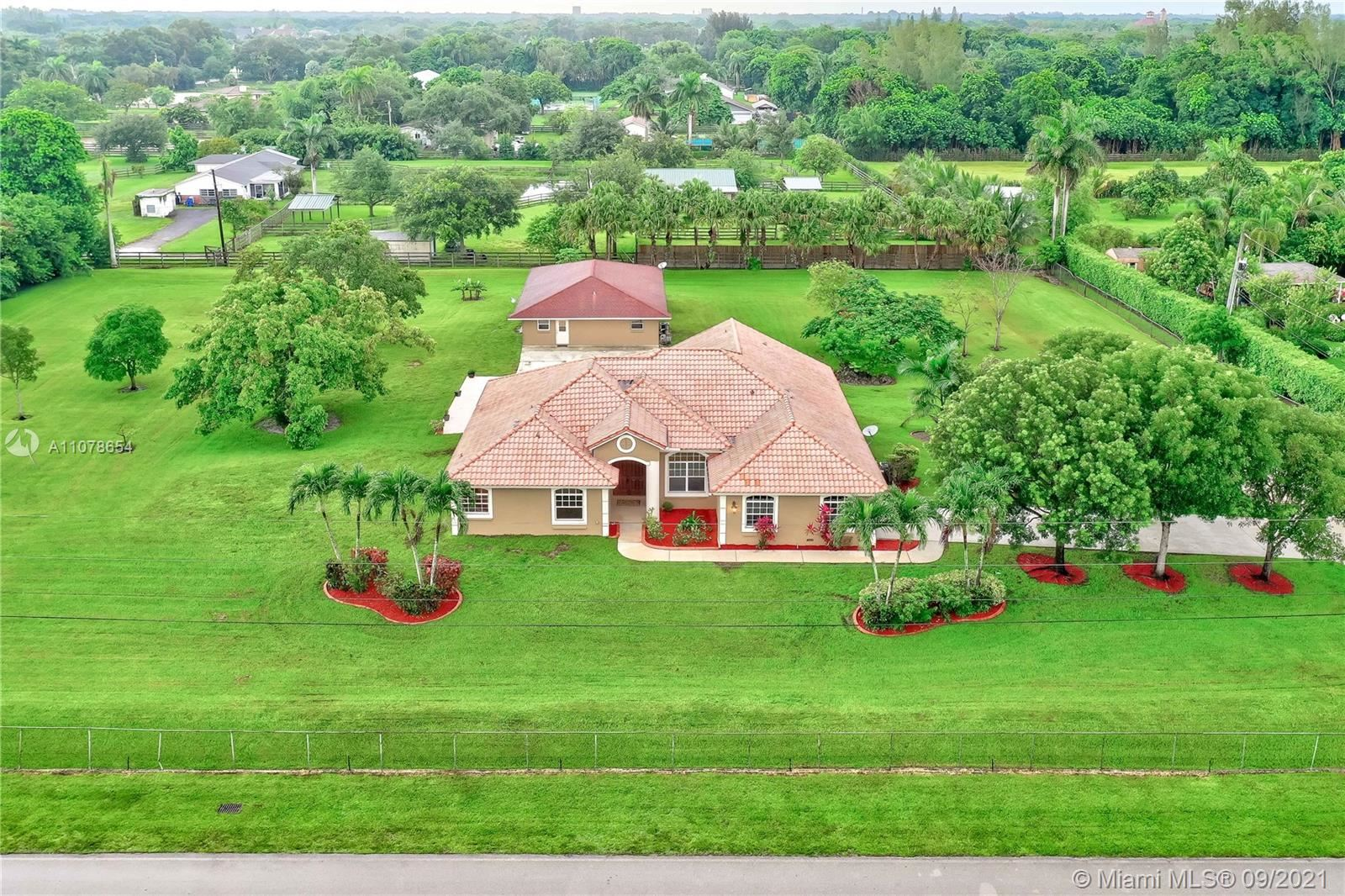 12851 Luray Rd, SouthWest Ranches, FL 33330 - #: A11078654