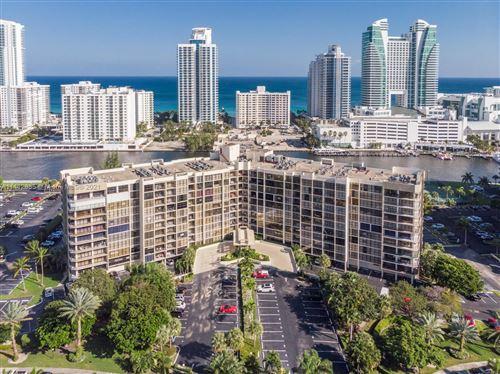 Photo of 600 Parkview Dr #1129, Hallandale Beach, FL 33009 (MLS # A11112655)