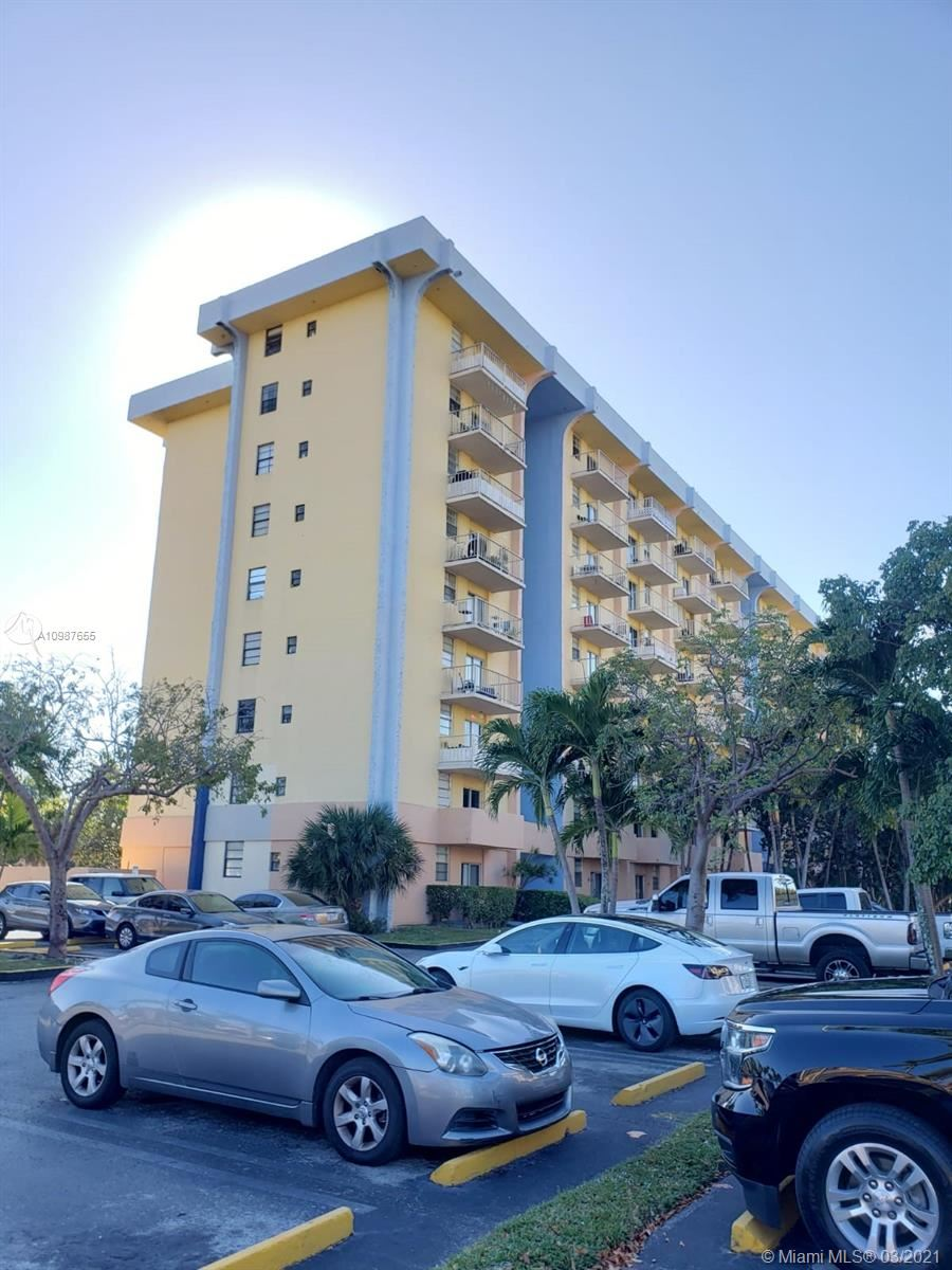 4550 NW 9th St #520E, Miami, FL 33126 - #: A10987655