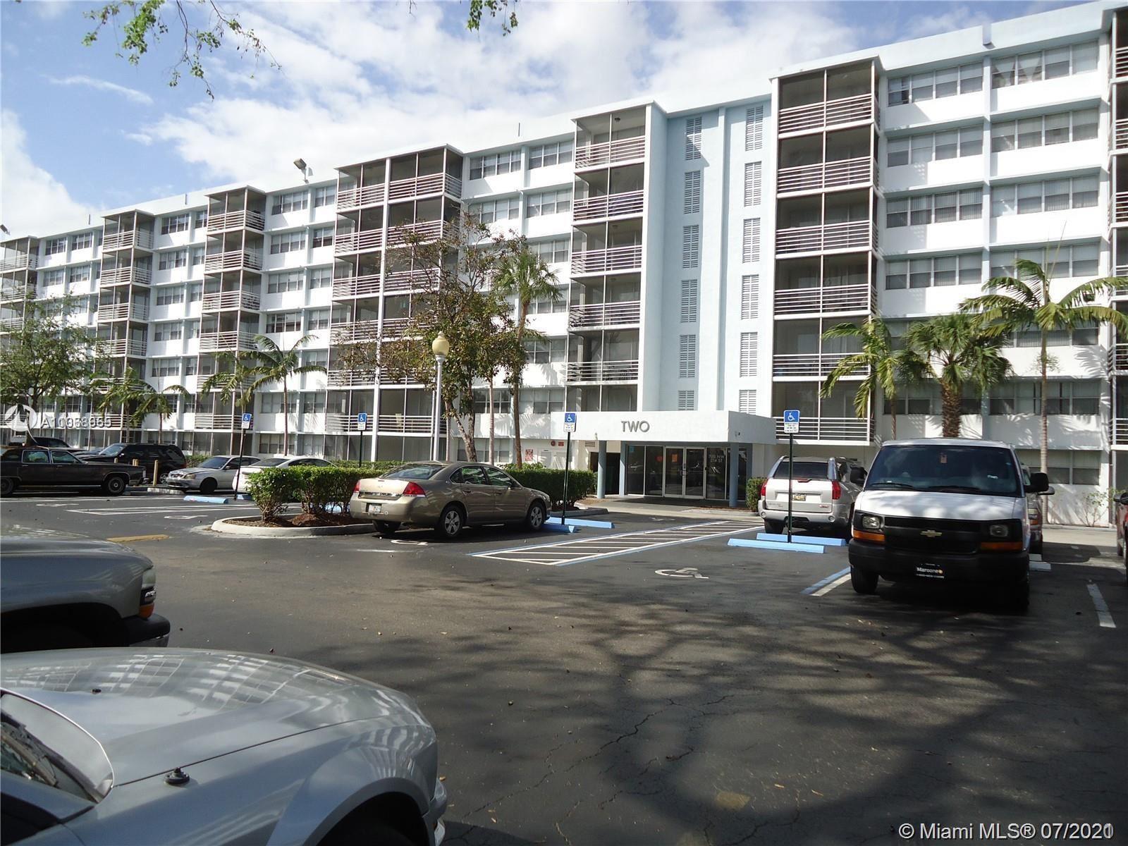 700 NW 214th St #406, Miami Gardens, FL 33169 - #: A11068655
