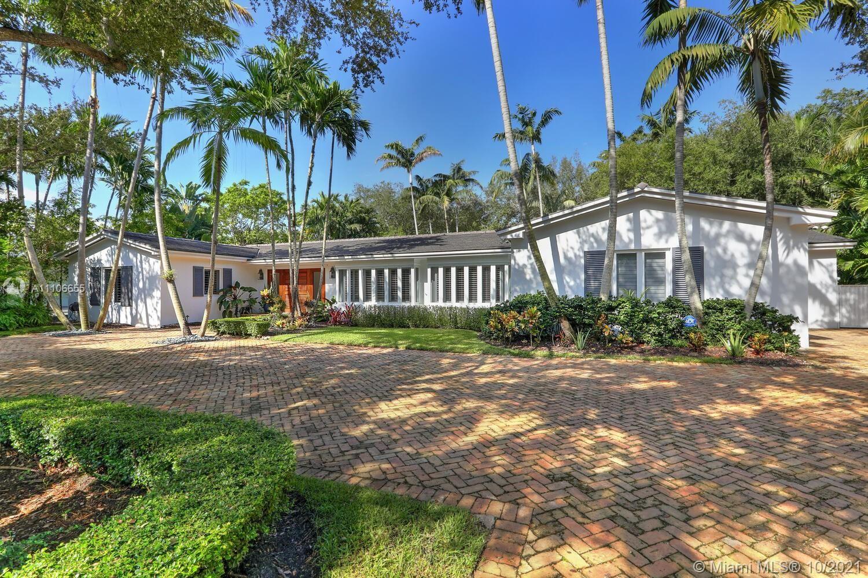 Photo of 11080 Paradela St, Coral Gables, FL 33156 (MLS # A11106655)