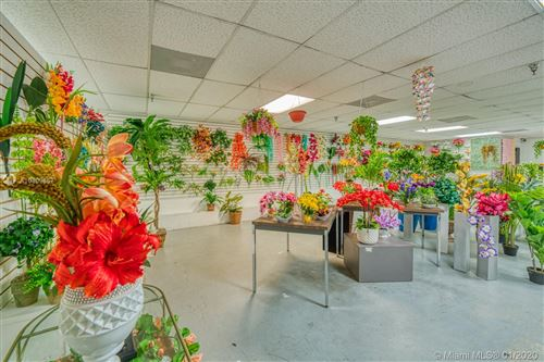 Foto de inmueble con direccion Artificial Flower Distribution Miami FL 33014 con MLS A10809657
