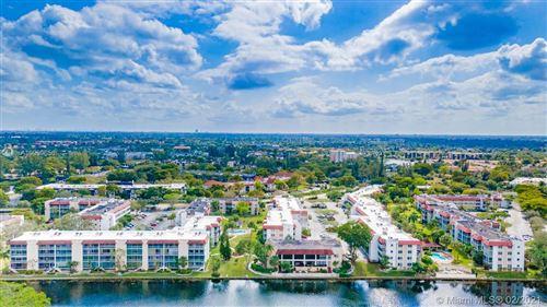 Photo of 3776 Inverrary Blvd #405R, Lauderhill, FL 33319 (MLS # A10999658)