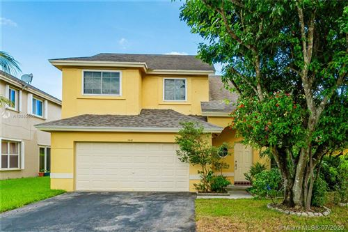 Photo of 1441 SW 97th Ave, Pembroke Pines, FL 33025 (MLS # A10885660)