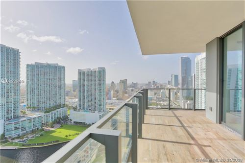 Photo of 68 SE 6th St #2612, Miami, FL 33131 (MLS # A10888660)