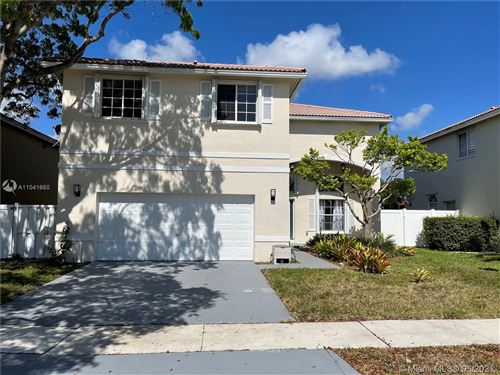 Photo of 360 SW 190th Ave, Pembroke Pines, FL 33029 (MLS # A11041660)