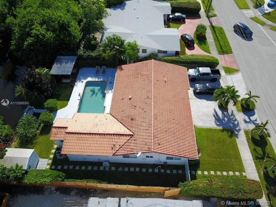 2300 NE 192nd St, Miami, FL 33180 - #: A11086660