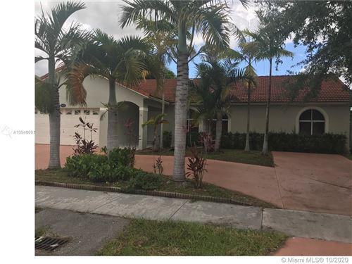 Foto de inmueble con direccion 14831 SW 150th St Miami FL 33196 con MLS A10940661