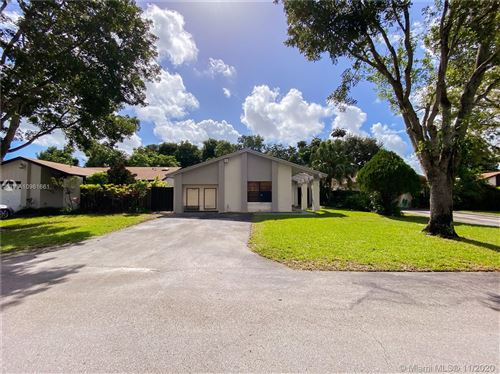 Photo of 13646 SW 117th Ln, Miami, FL 33186 (MLS # A10961661)