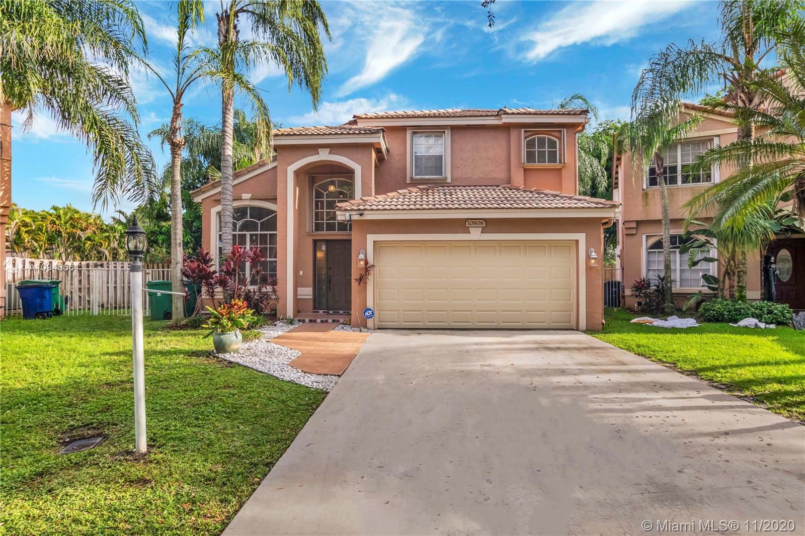 Photo of 10808 Limeberry Dr, Cooper City, FL 33026 (MLS # A10948661)