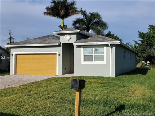 Photo of 546 SE 6th Drive, Belle Glade, FL 33430 (MLS # A10787662)