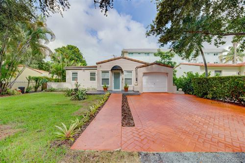Photo of Listing MLS a10900662 in 814 Monterey St Coral Gables FL 33134