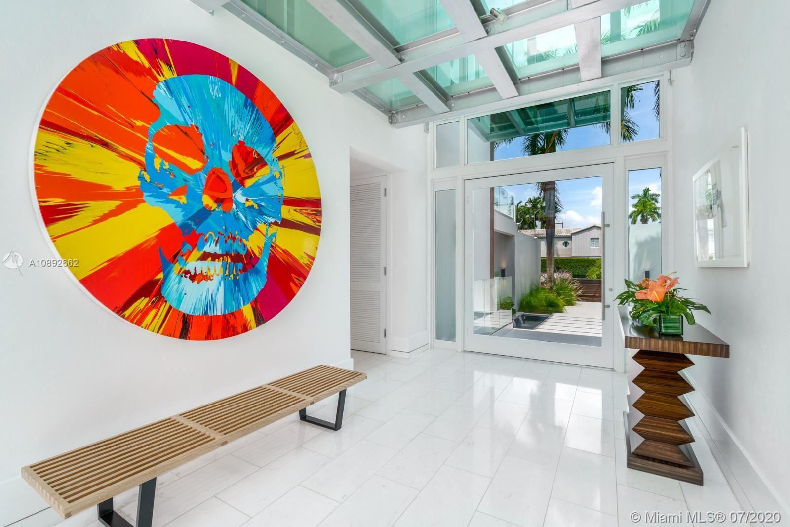 Photo 4 of Listing MLS a10892662 in 327 E Rivo Alto Dr Miami Beach FL 33139