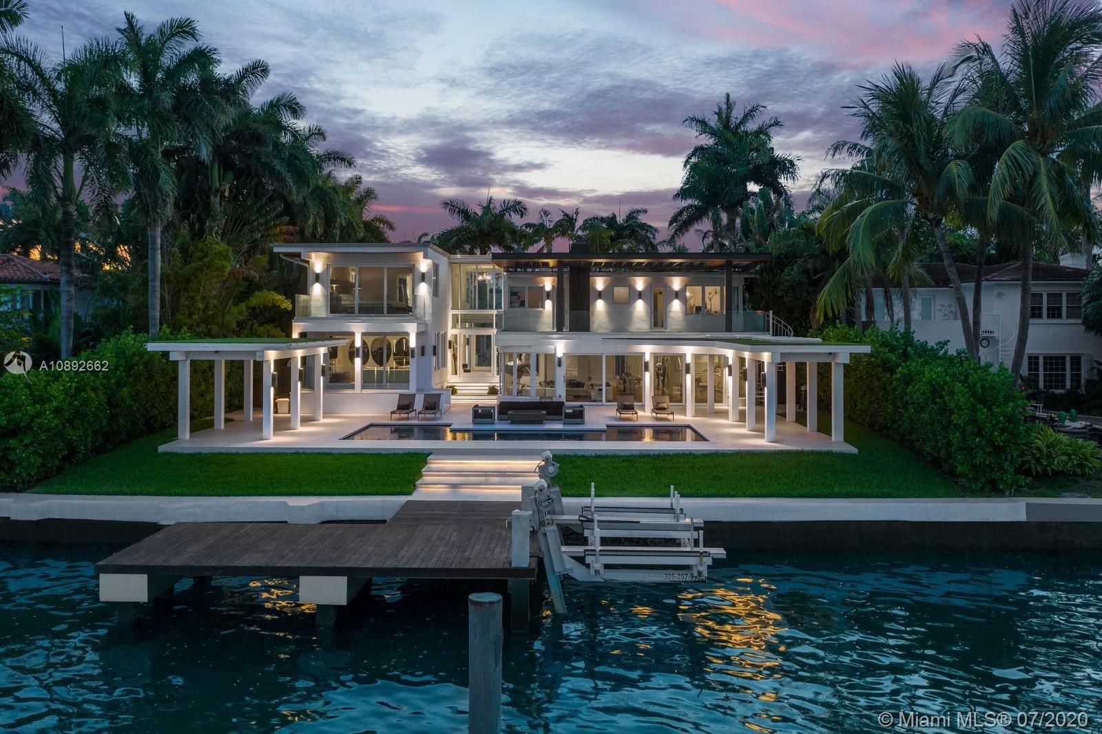 Photo 24 of Listing MLS a10892662 in 327 E Rivo Alto Dr Miami Beach FL 33139
