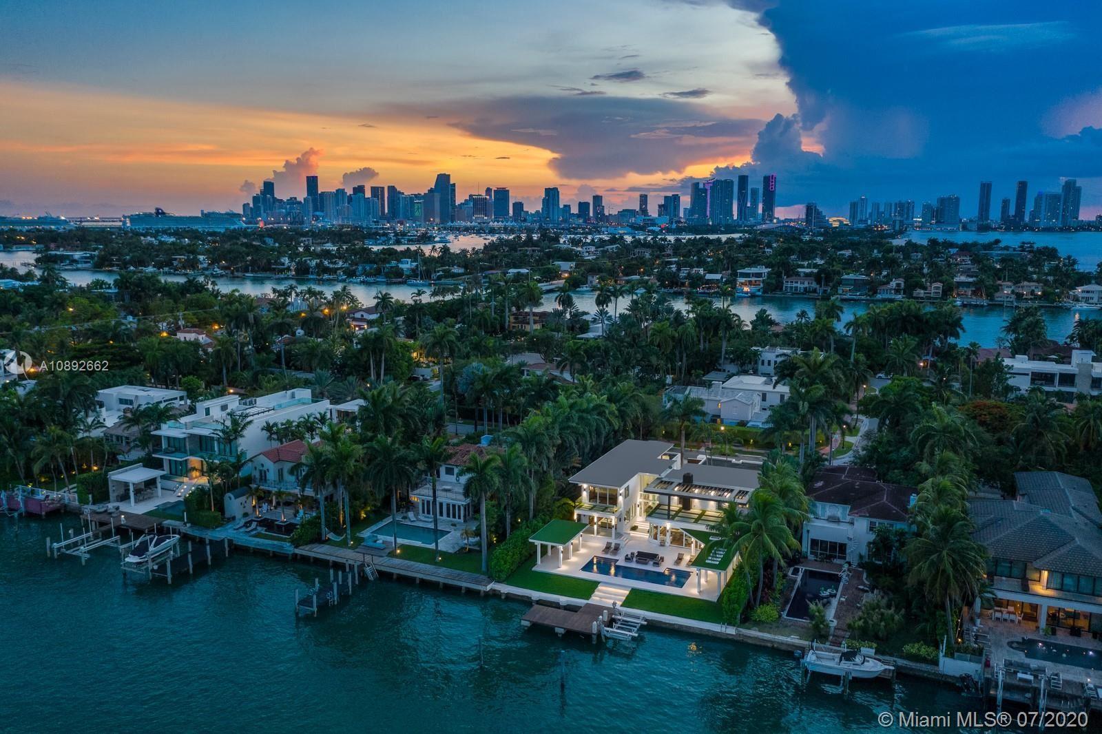 Photo 25 of Listing MLS a10892662 in 327 E Rivo Alto Dr Miami Beach FL 33139