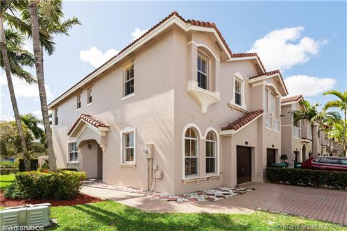 Photo of Listing MLS a10824663 in 15032 SW 23rd Way #15032 Miami FL 33185
