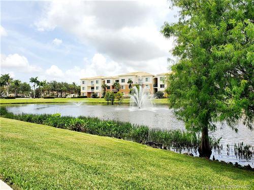Photo of 7104 Myrtlewood Cir W #7104, Palm Beach Gardens, FL 33418 (MLS # A10838663)
