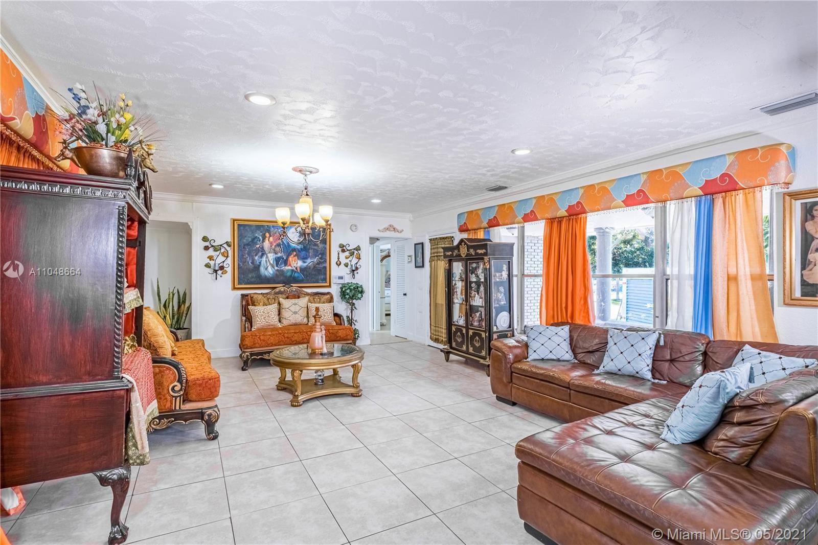8261 N Bayshore Dr, Miami, FL 33138 - #: A11048664