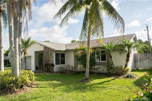 Photo of 22636 SW 54th Ave, Boca Raton, FL 33433 (MLS # A11008666)