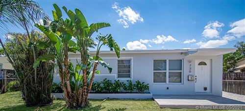 Photo of 730 N 69th Ter, Hollywood, FL 33024 (MLS # A11038666)
