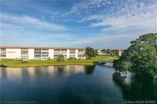 Foto de inmueble con direccion 3005 Portofino Isle #O4 Coconut Creek FL 33066 con MLS A10811668