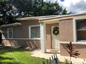Photo of Listing MLS a10713669 in 130 Miami Gardens Rd West Park FL 33023