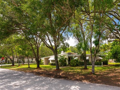 Photo of Listing MLS a10901669 in 5781 SW 82nd Street South Miami FL 33143