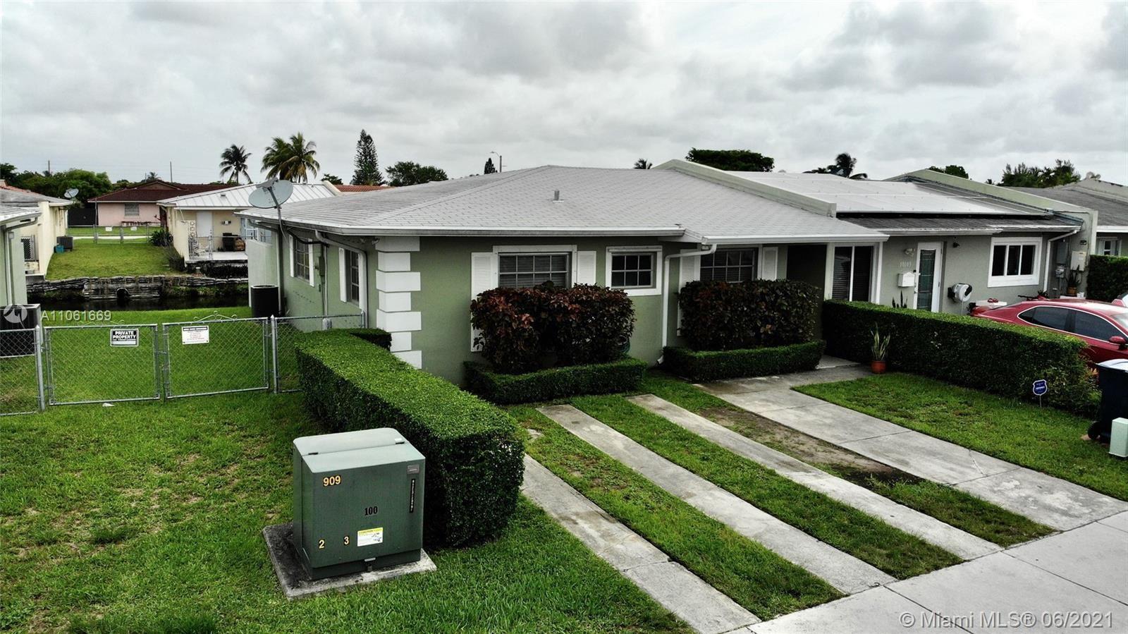 10105 SW 20th Ter, Miami, FL 33165 - #: A11061669