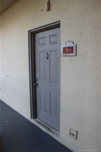 Photo of Listing MLS a10860670 in 8290 Lake Dr #504 Doral FL 33166