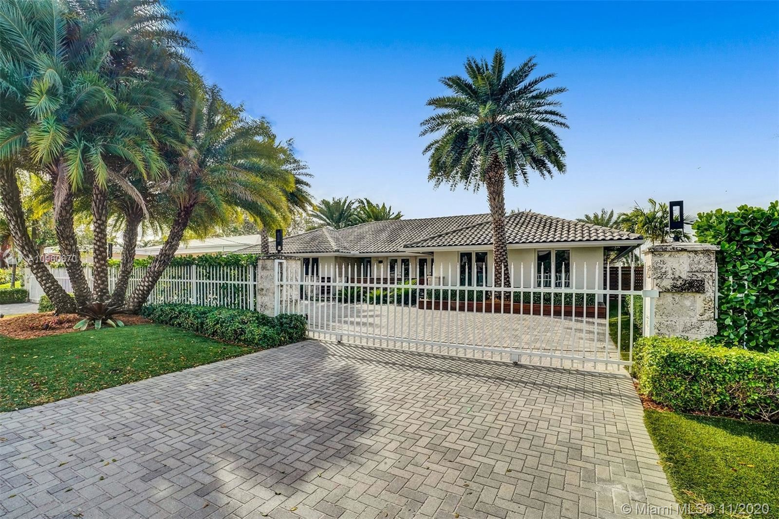 Photo of 1420 Diplomat Pkwy, Hollywood, FL 33019 (MLS # A10960670)