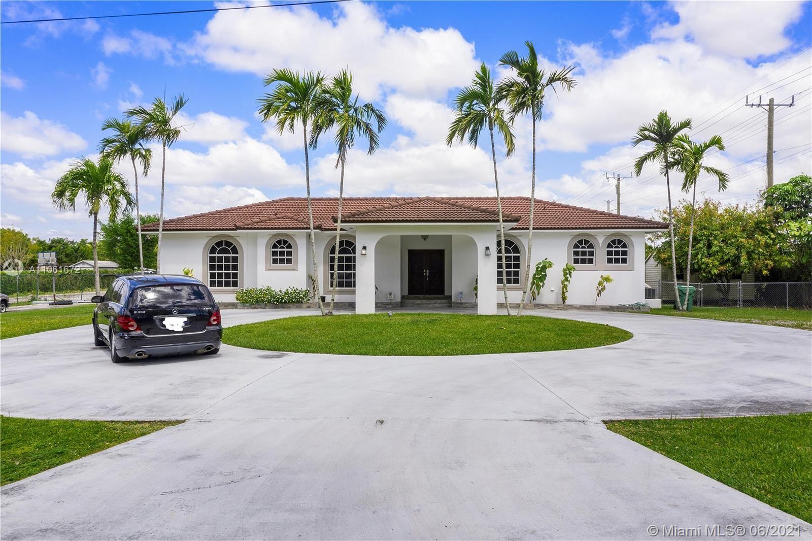 10305 SW 70th St, Miami, FL 33173 - #: A11061672