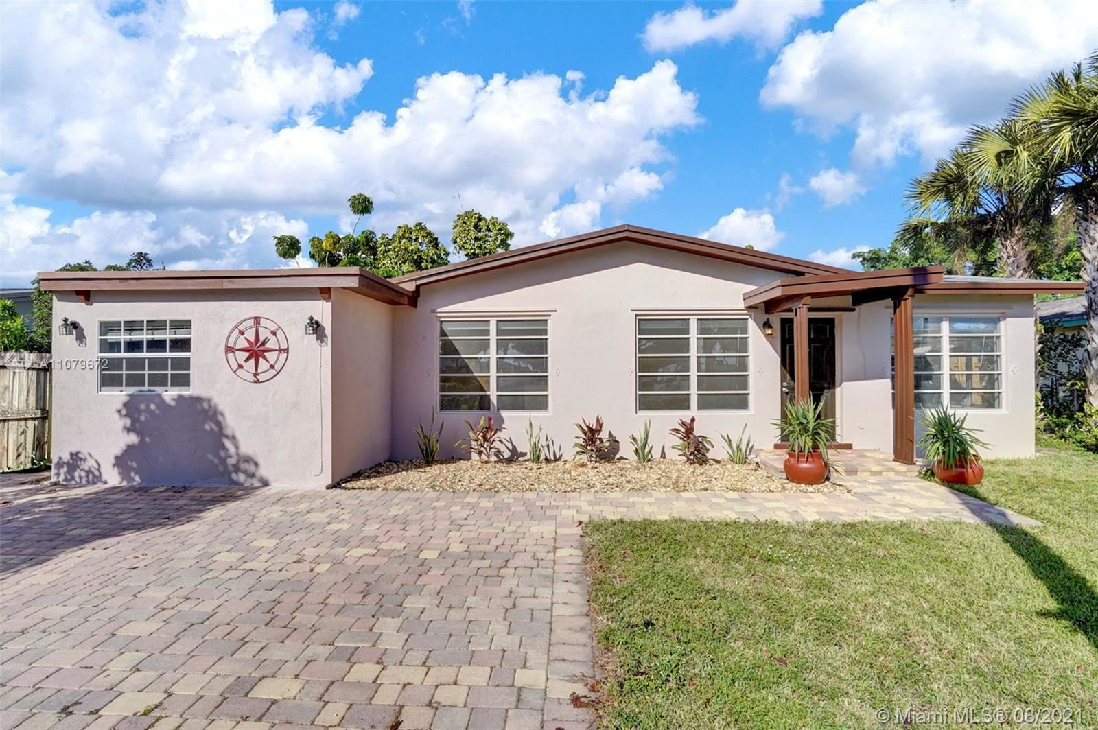 1131 SW 32nd Ct, Fort Lauderdale, FL 33315 - #: A11079672