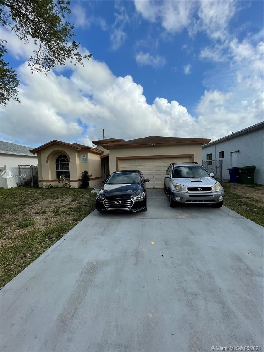 Photo of 2804 NW 7th Ct, Fort Lauderdale, FL 33311 (MLS # A11043673)