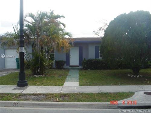 Foto de inmueble con direccion 19601 NW 7th Ave Miami Gardens FL 33169 con MLS A10886674