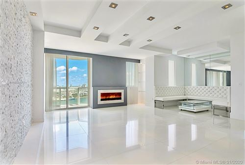 Photo of Listing MLS a10806675 in 244 Biscayne Blvd #2703 Miami FL 33132