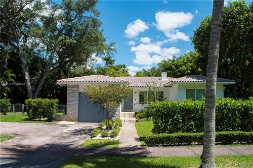 Photo of 435 Castania Ave, Coral Gables, FL 33146 (MLS # A11036676)