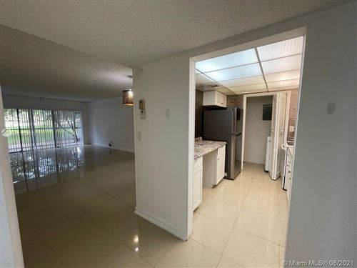 Photo of 200 Lakeview Dr #101, Weston, FL 33326 (MLS # A11054676)