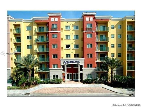 Photo of 6001 SW 70th St #338, South Miami, FL 33143 (MLS # A10868677)