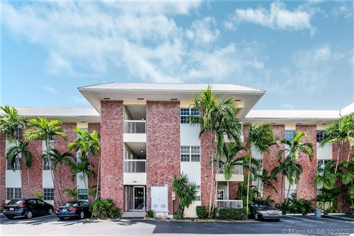 Foto de inmueble con direccion 2424 SE 17th Cswy #105B Fort Lauderdale FL 33316 con MLS A10947677