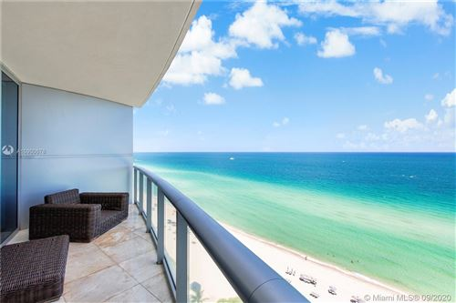 Foto de inmueble con direccion 17001 Collins Ave #1705 Sunny Isles Beach FL 33160 con MLS A10900678