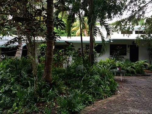 Photo of Listing MLS a10810679 in 10550 SW 97th Ave Miami FL 33176