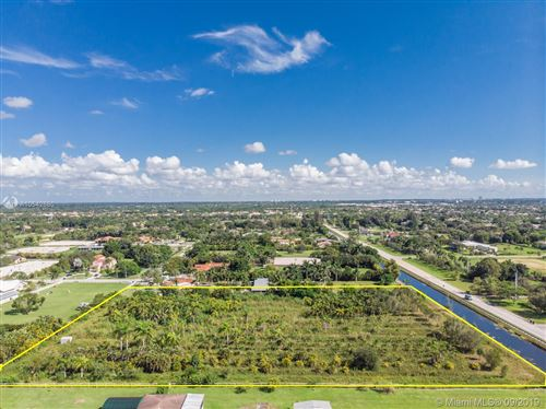 Photo of Listing MLS a10542680 in 172 Sw Ave Southwest Ranches FL 33331
